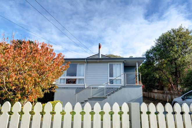Picture of 8 Kirkwood Street, BLACKHEATH NSW 2785