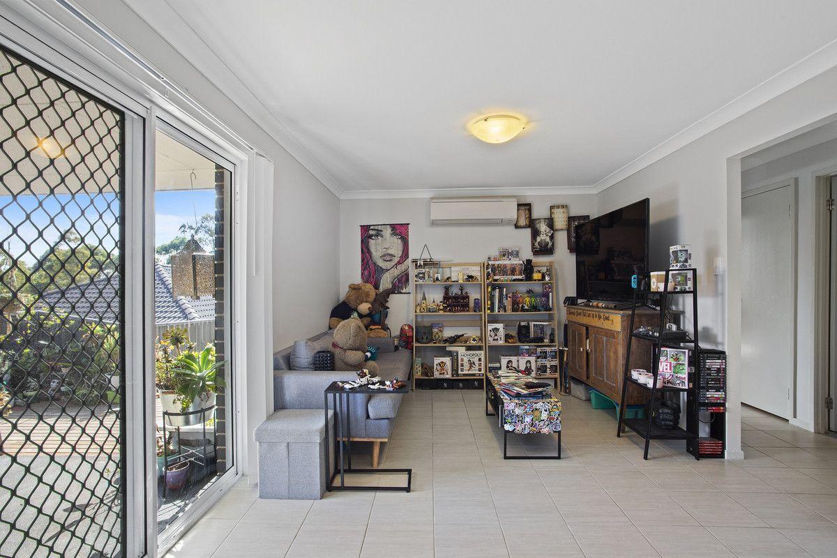 40 Raintree Terrace, Wadalba NSW 2259, Image 2