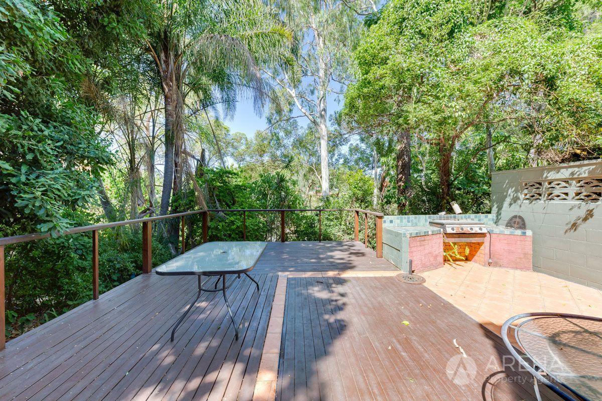 27 Raffles Street, Mount Gravatt East QLD 4122, Image 2