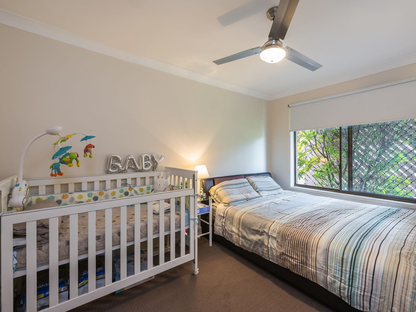 25/7 Chamberlain Avenue, Rochedale South QLD 4123, Image 2