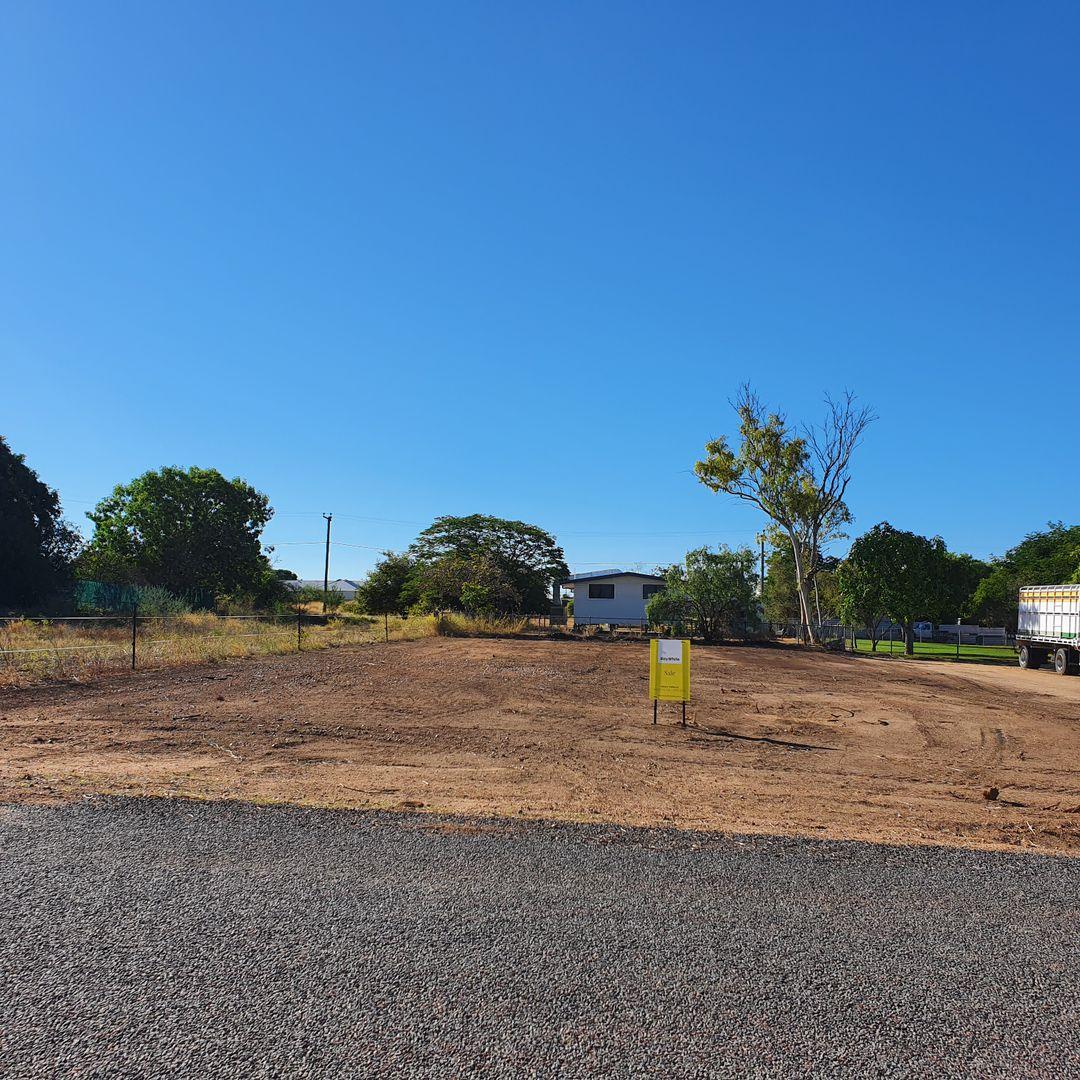 29 Hunter Street, Hughenden QLD 4821, Image 1