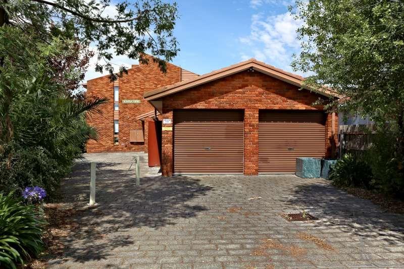 4/30A McLean St, Brunswick West VIC 3055, Image 0