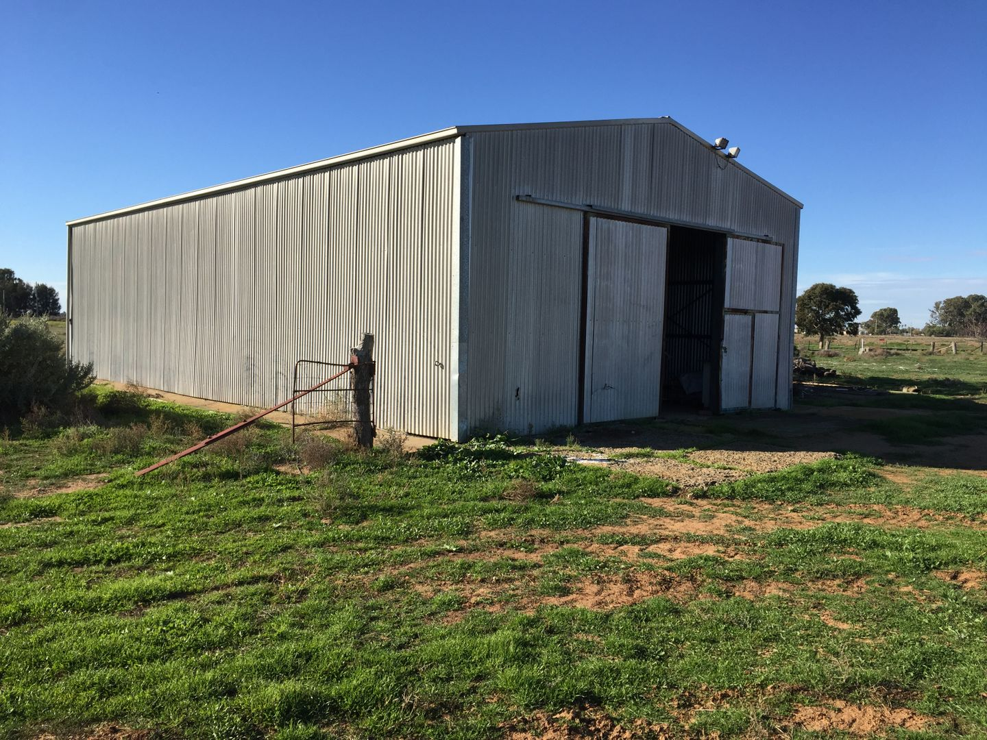 Thelangerin Road, Hay NSW 2711, Image 2