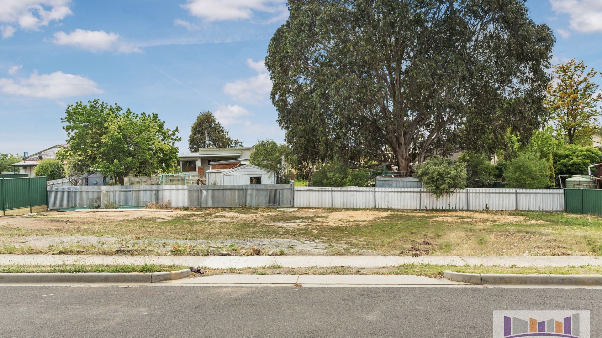 2 Manning Avenue, California Gully VIC 3556, Image 2