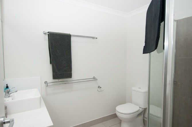 3/102 Burnett Street, Bundaberg South QLD 4670, Image 2