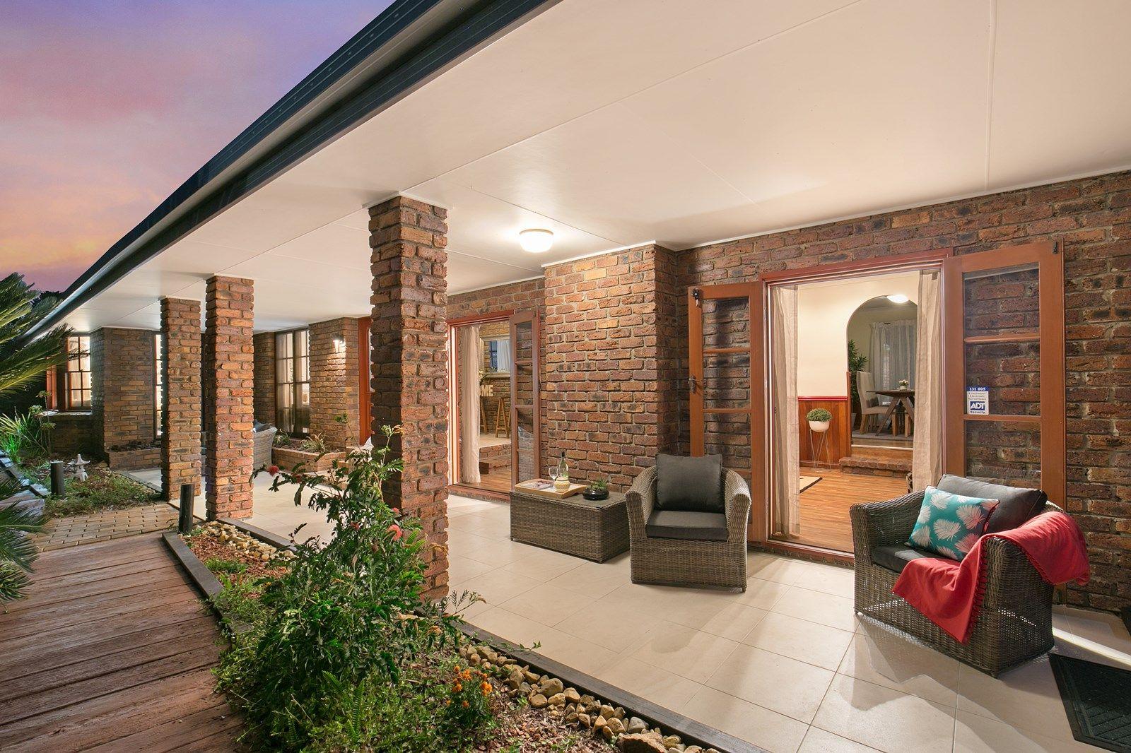 14 Adelong Road, Shailer Park QLD 4128, Image 2
