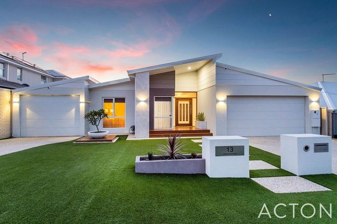 Picture of 13 Rushcliffe Way, MEADOW SPRINGS WA 6210