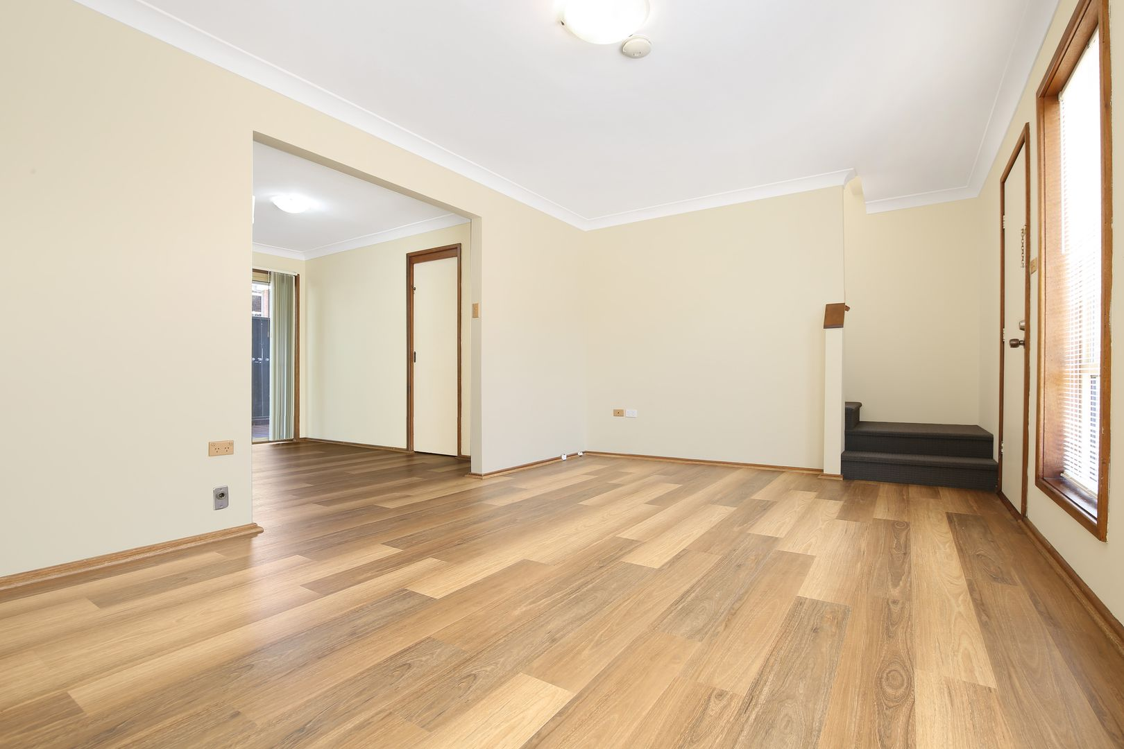 2/65 Gilmore Street, West Wollongong NSW 2500, Image 2