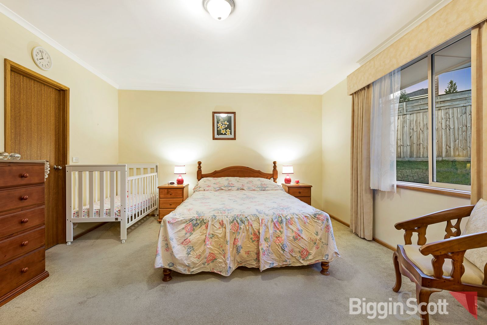 4 Hovea Court, Mount Waverley VIC 3149, Image 2