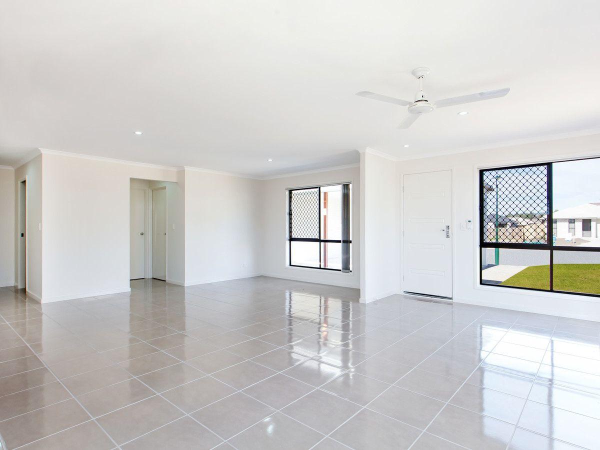Duplex 2/6 Wonga Crt, Morayfield QLD 4506, Image 1