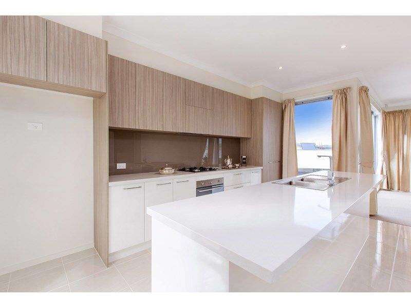 39 Helm Avenue, Safety Beach VIC 3936, Image 2