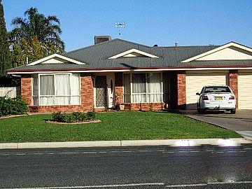 130 Crispe Street, Deniliquin NSW 2710, Image 1
