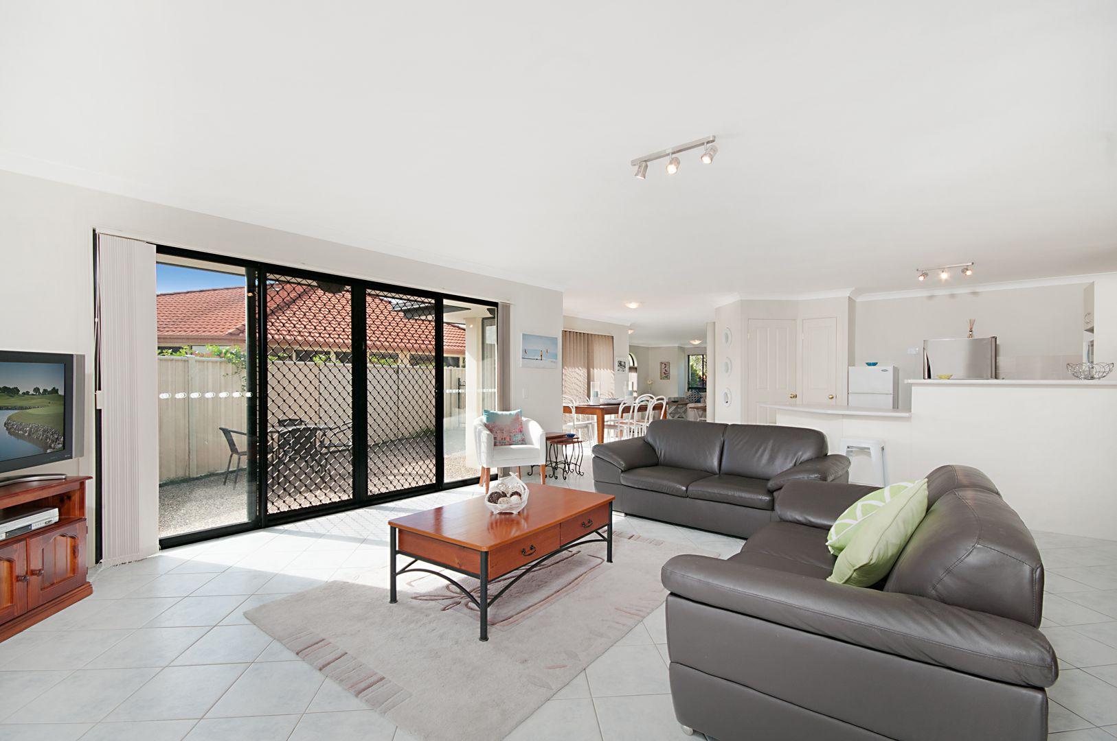 51 Witonga Drive, Yamba NSW 2464, Image 2