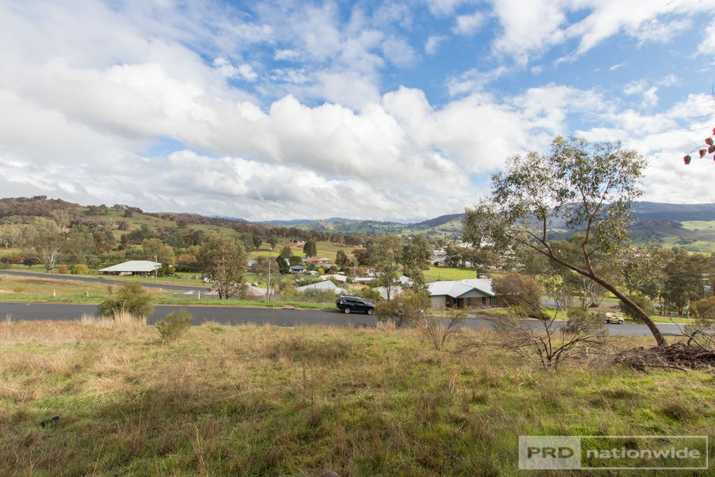 7 & 9 Eberlin Place, Tumut NSW 2720, Image 0