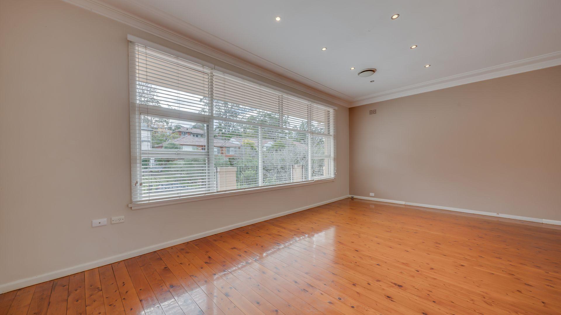35 Carlisle Crescent, Beecroft NSW 2119, Image 2