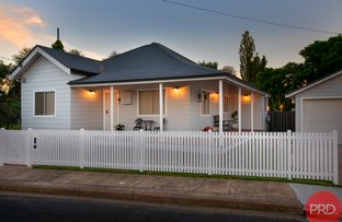 Picture of 1 Raglan Street, Horseshoe Bend NSW 2320