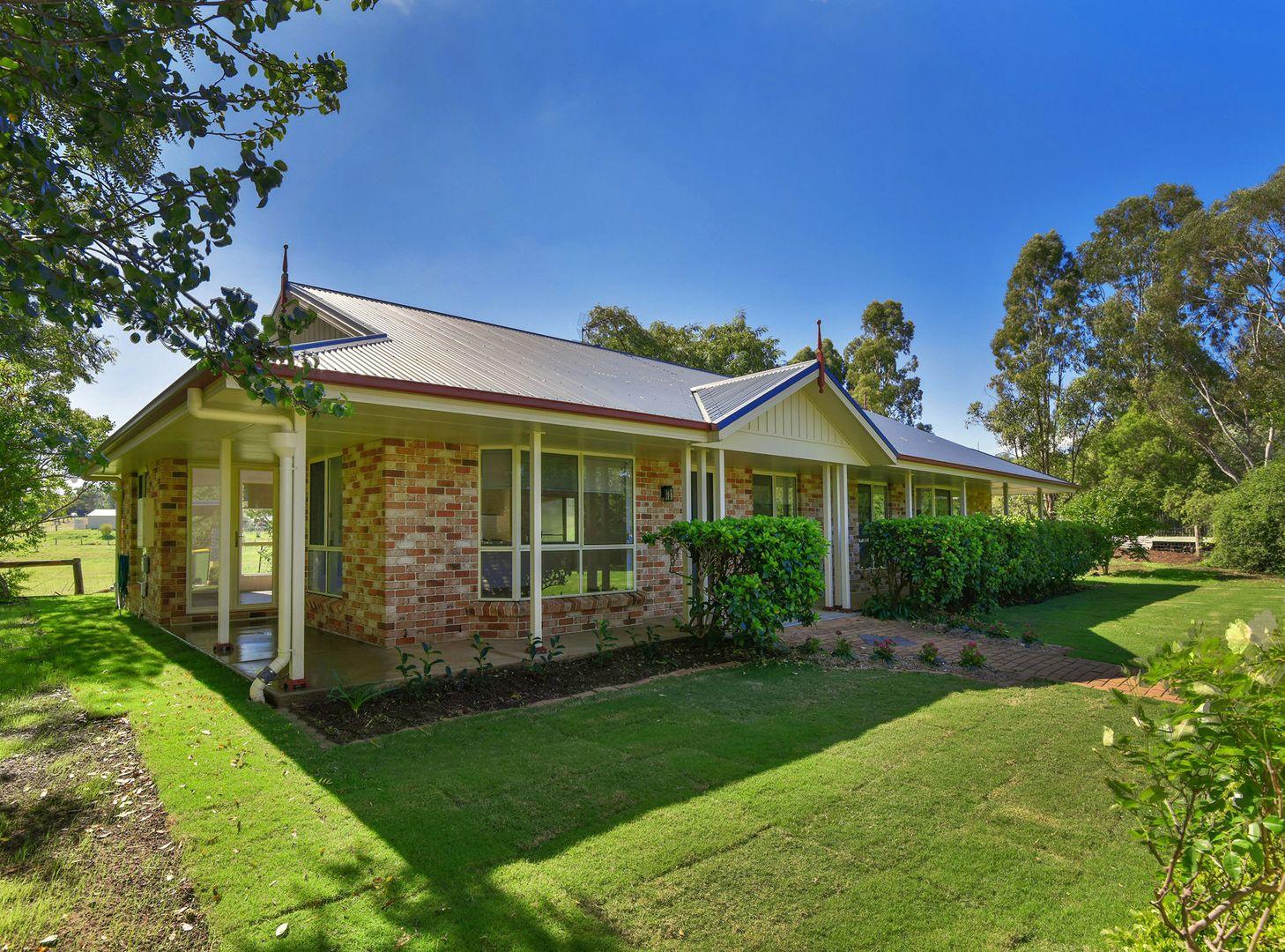 12 Andrews Court, Hodgson Vale QLD 4352, Image 2