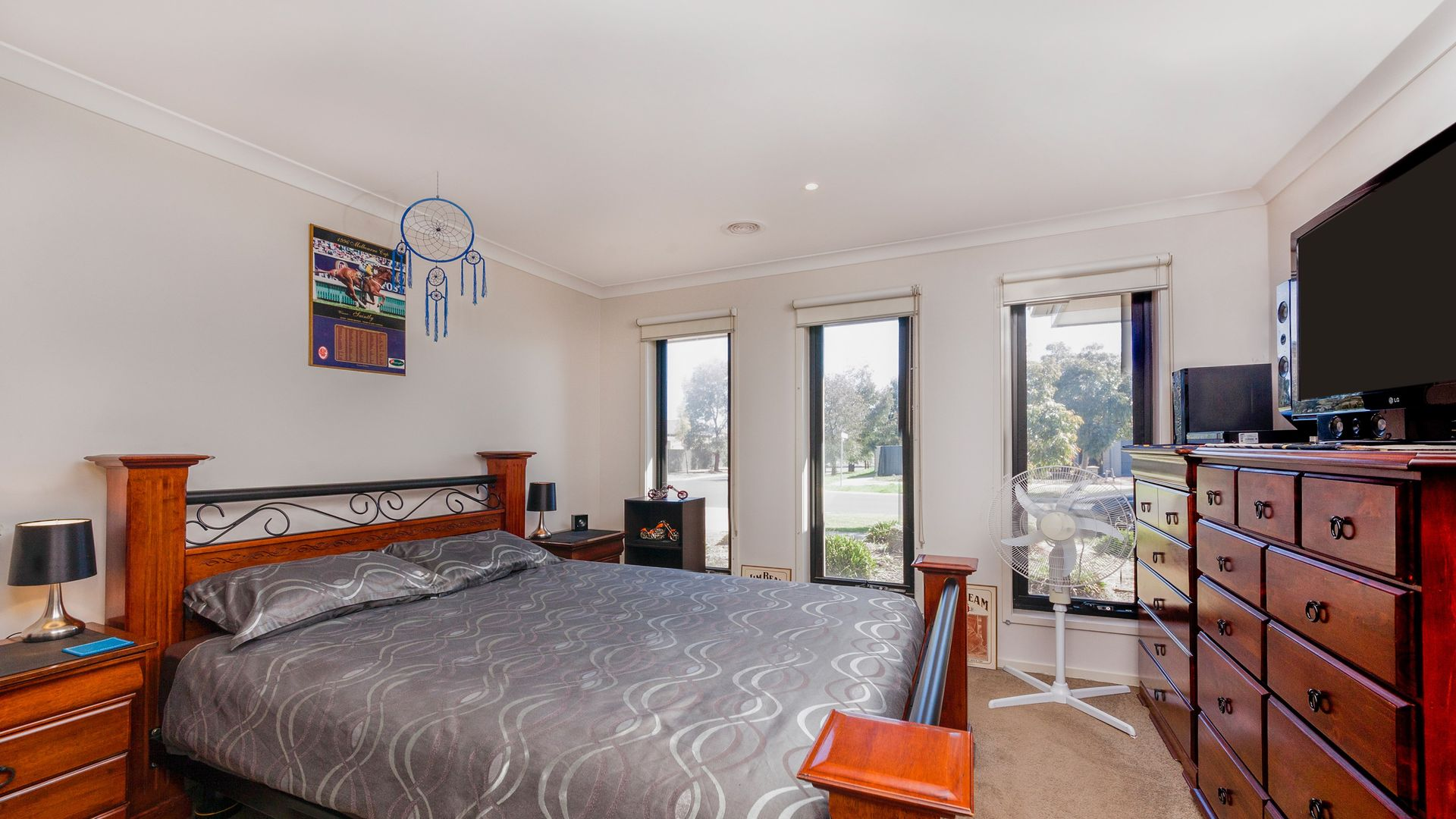 5 Bush Street, Manor Lakes VIC 3024, Image 2