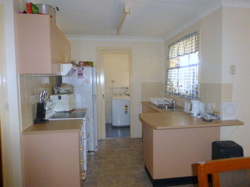 3 Guillan Place, Parkes NSW 2870, Image 1