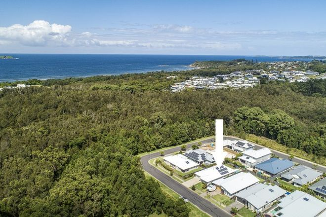 Picture of 24 Ivory Circuit, SAPPHIRE BEACH NSW 2450