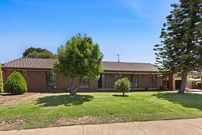 Picture of 43 James Street, STRATHDALE VIC 3550