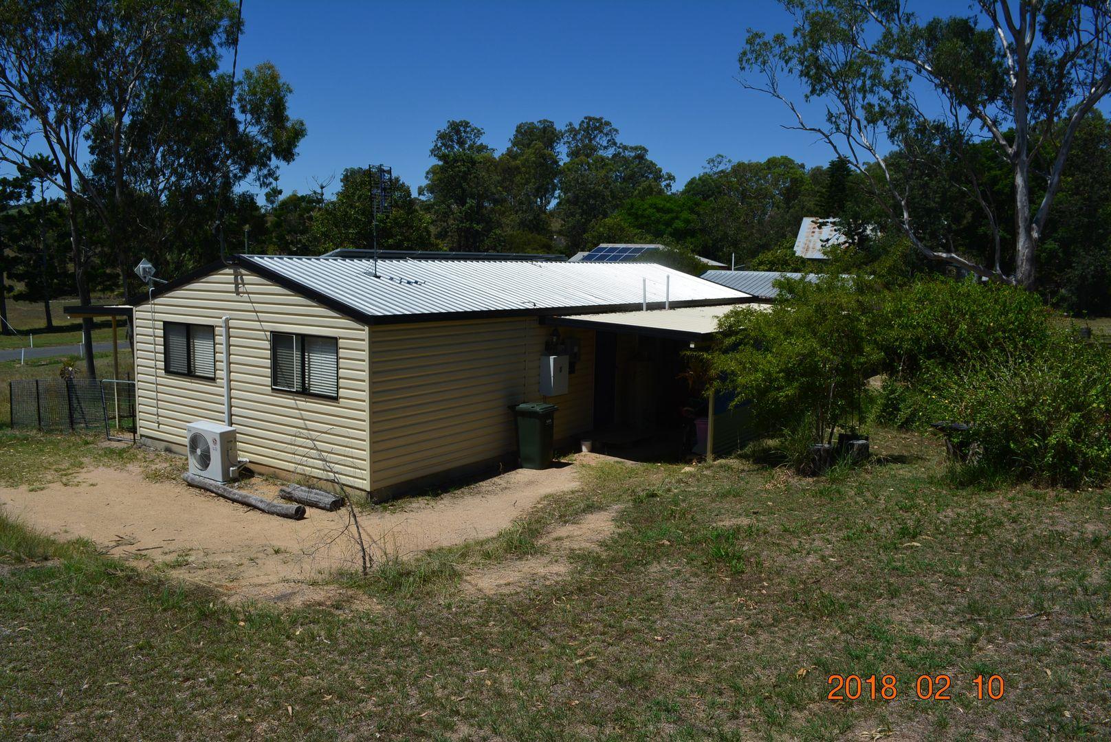 32 Beresford Street, Proston QLD 4613, Image 2