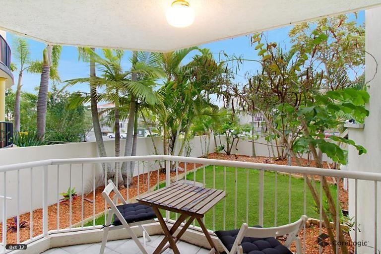 2/44 Britannia Avenue, Broadbeach QLD 4218, Image 2