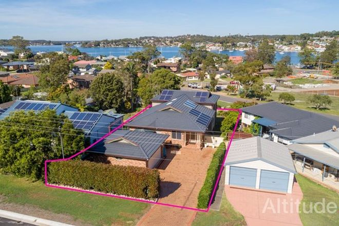 Picture of 4 Carlisle Row, FISHING POINT NSW 2283