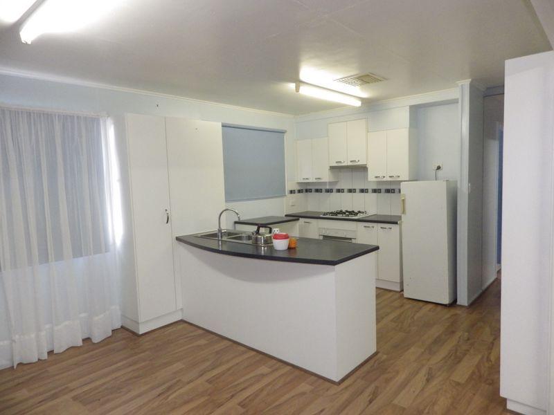 10 Coronation Street, Injune QLD 4454, Image 1
