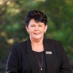 Leanne Tinney, Sales representative