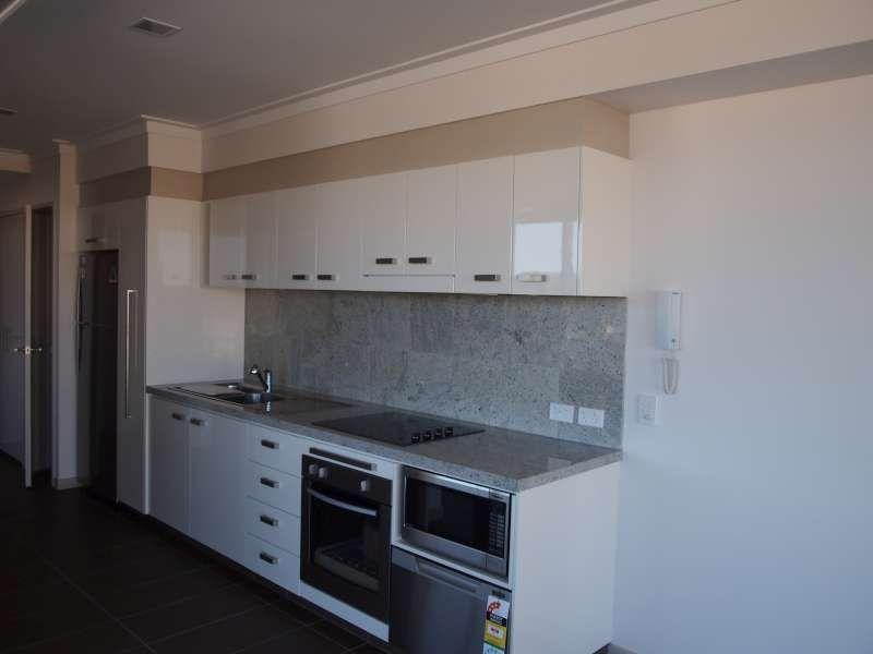 109/3-5 Gibbs Street, Southport QLD 4215, Image 2