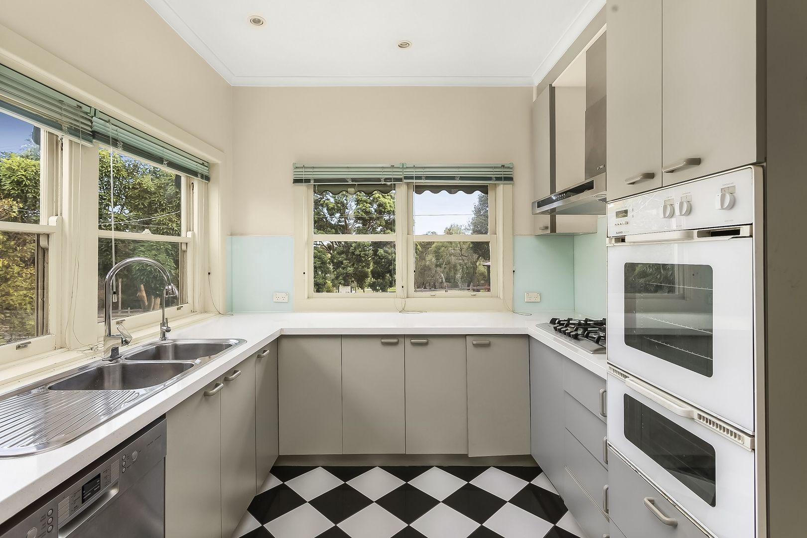 910 Station Street, Box Hill North VIC 3129, Image 0