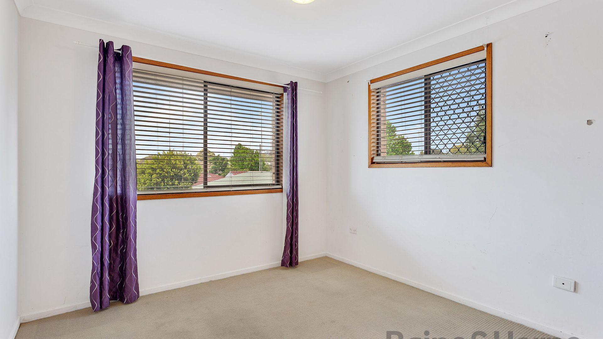 3/7 Damian Crescent, Kearneys Spring QLD 4350, Image 2