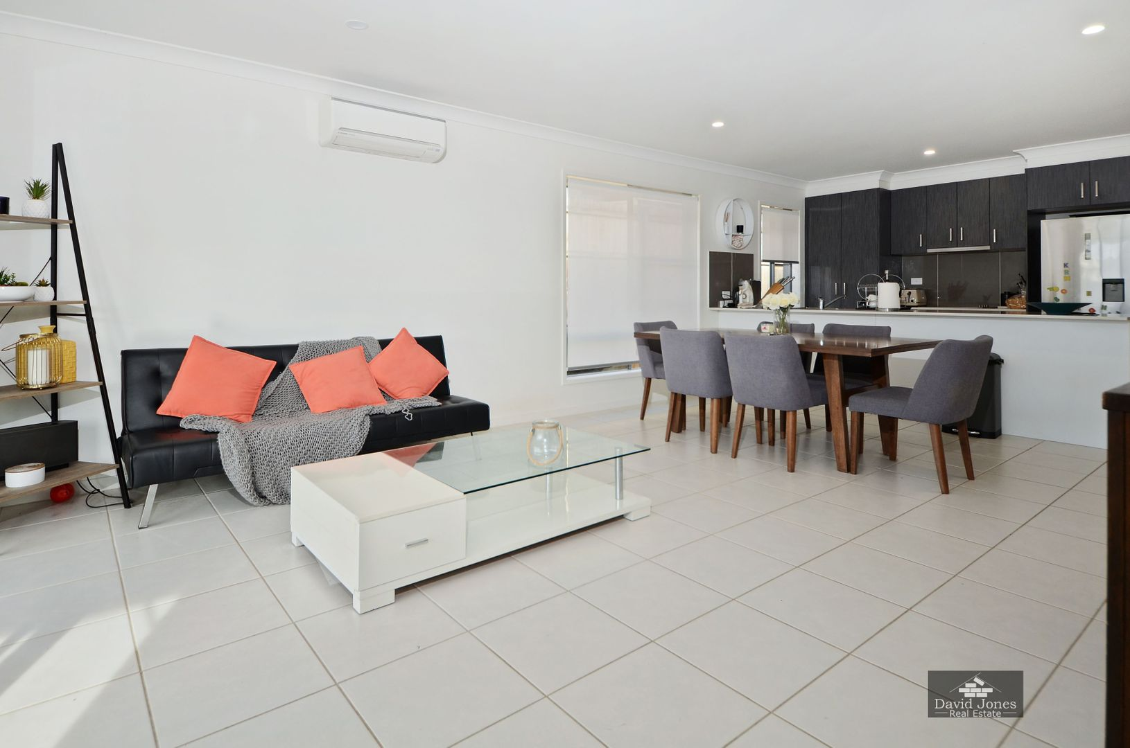 8 Arrowsmith Crescent, Gold Coast North, Ormeau Hills QLD 4208, Image 1
