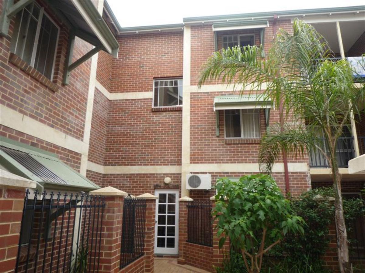 2/53 Bronte Street, East Perth WA 6004, Image 2