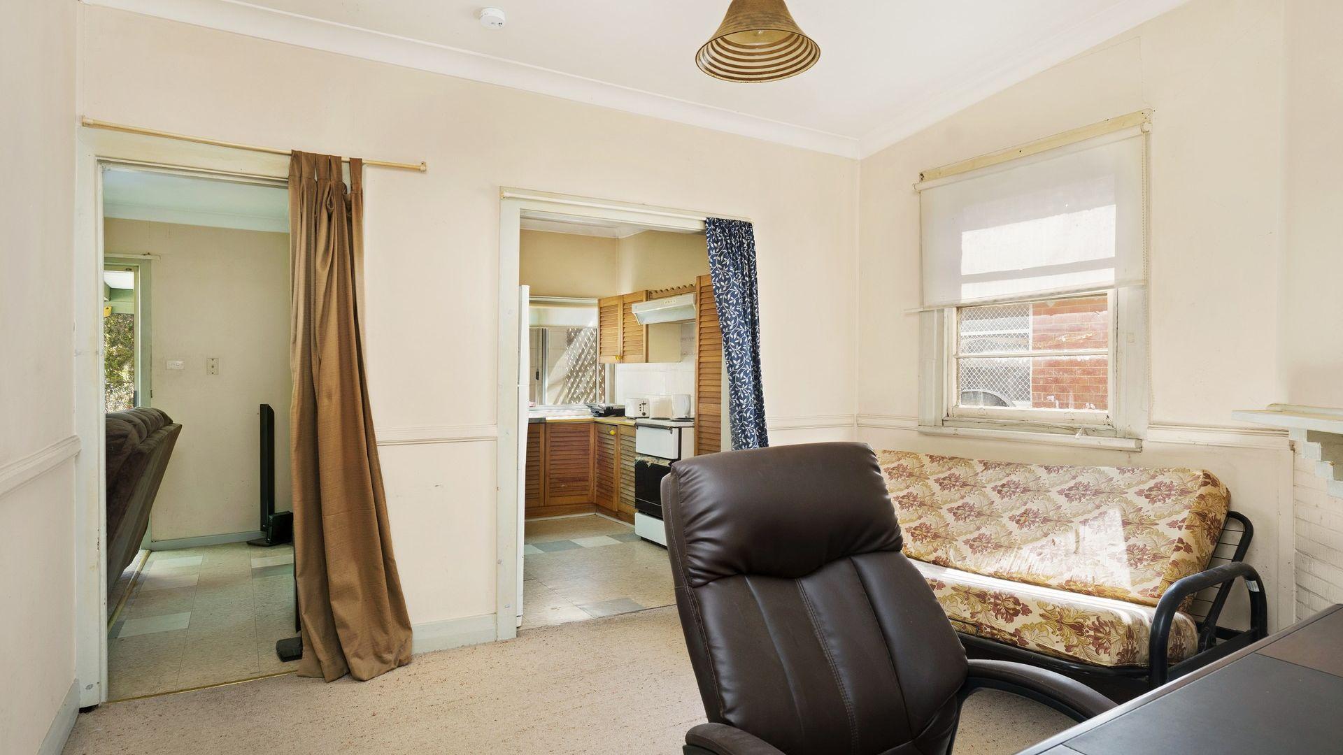 57 Hexham Street, Kahibah NSW 2290, Image 2