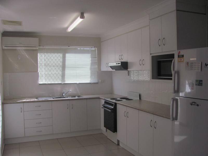 3/4 Mylne Street, West Gladstone QLD 4680, Image 0