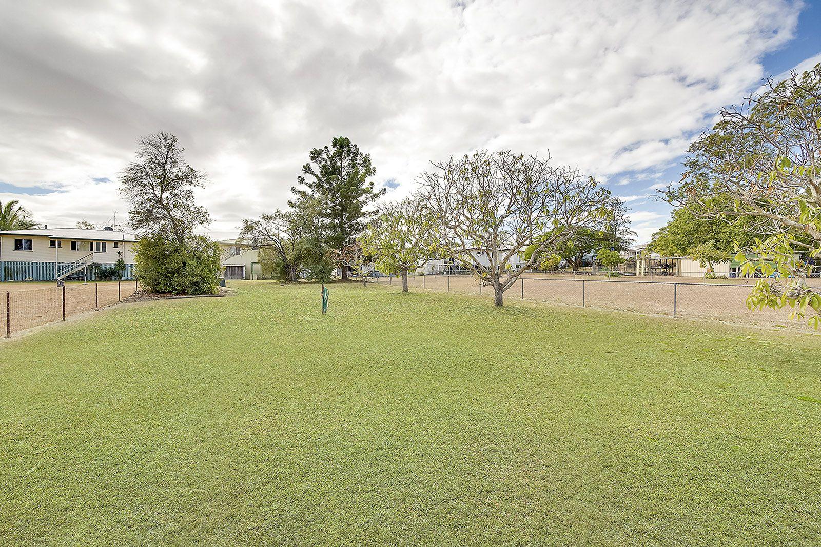 33 PETERSON, West Rockhampton QLD 4700, Image 2