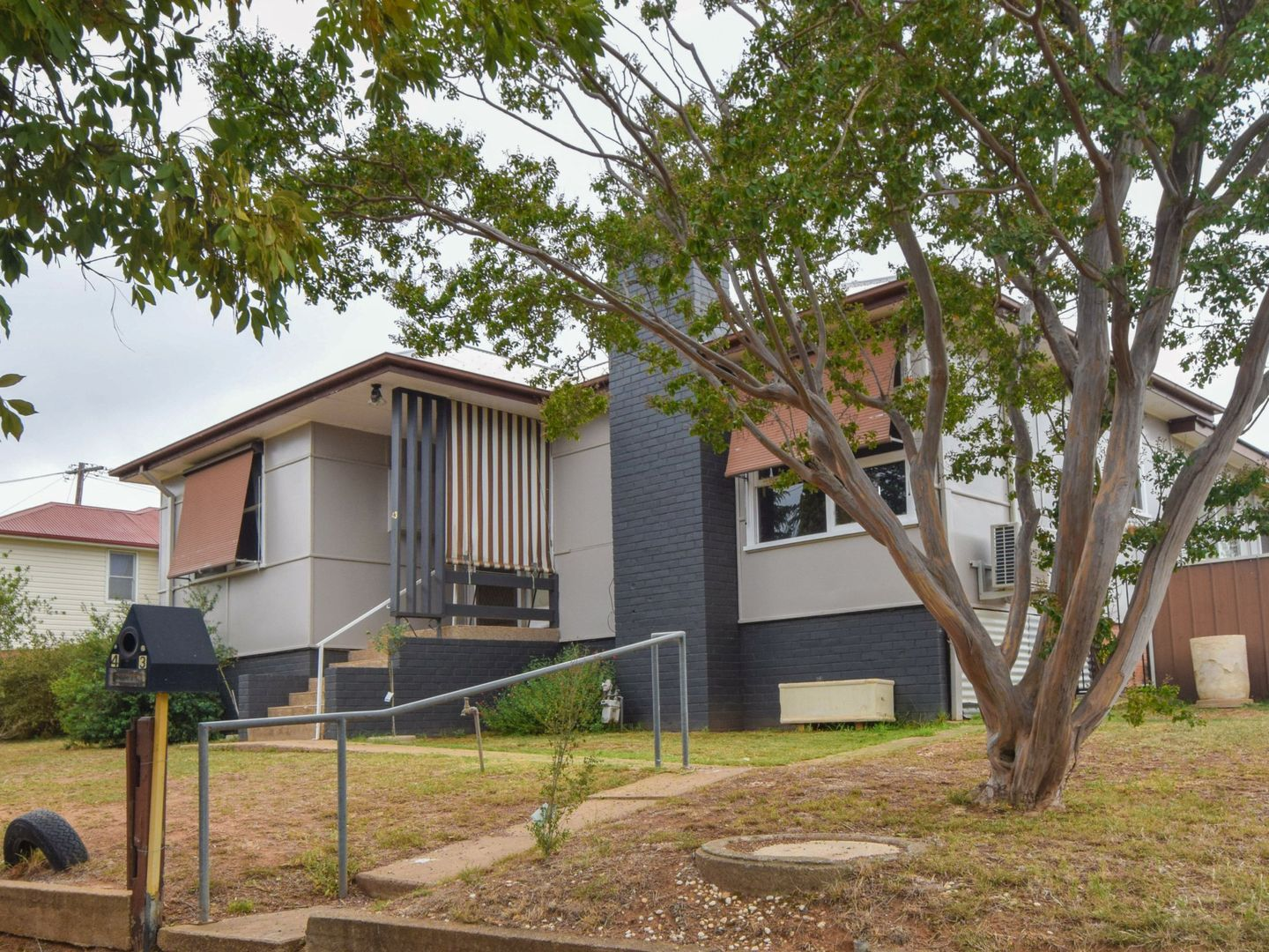 43 Blackett Avenue, Young NSW 2594, Image 0