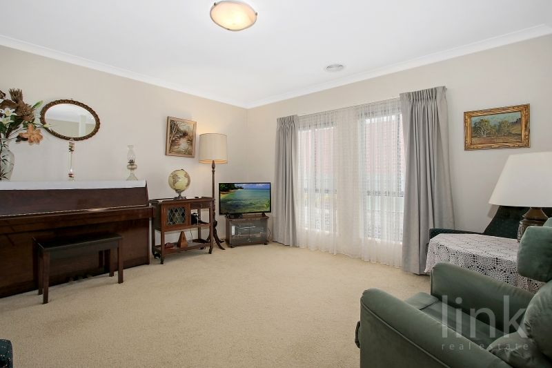 4/21 Cummings Street, Wodonga VIC 3690, Image 2