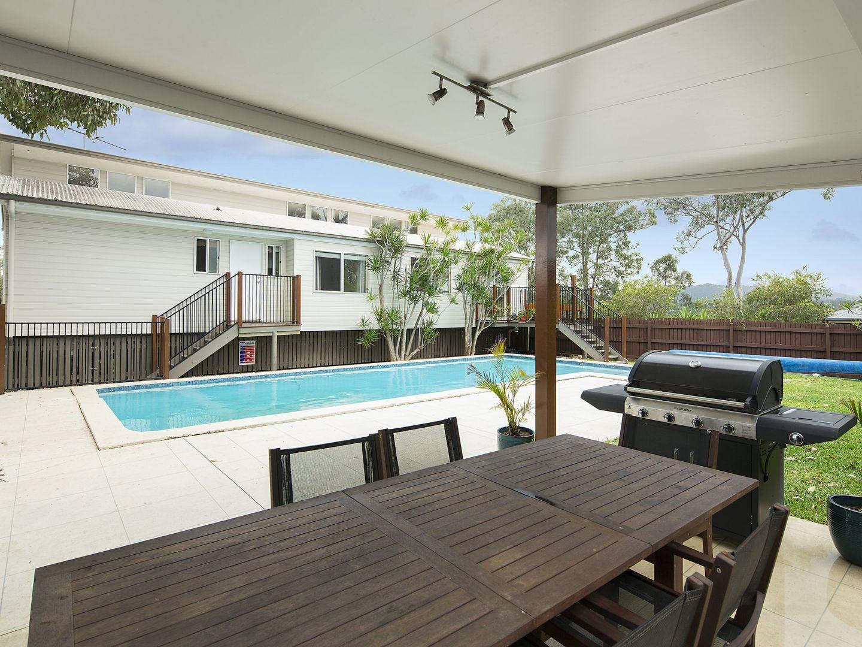 27 Kiriwina Street, Fig Tree Pocket QLD 4069, Image 2