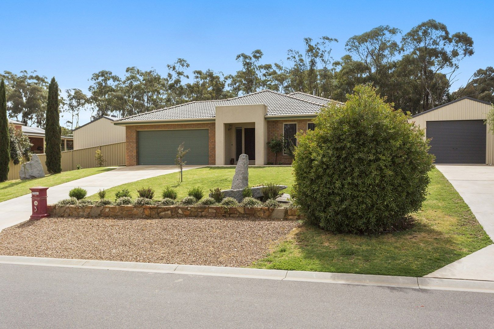 3 Bridle Court, Maiden Gully VIC 3551, Image 0