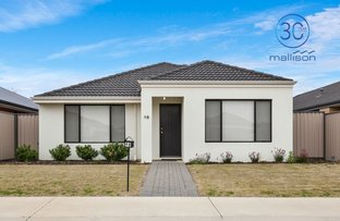 Picture of 98 Riva Entrance, Piara Waters WA 6112