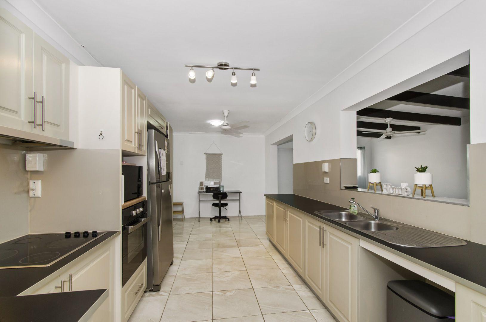 33 Paluma Street, Thuringowa Central QLD 4817