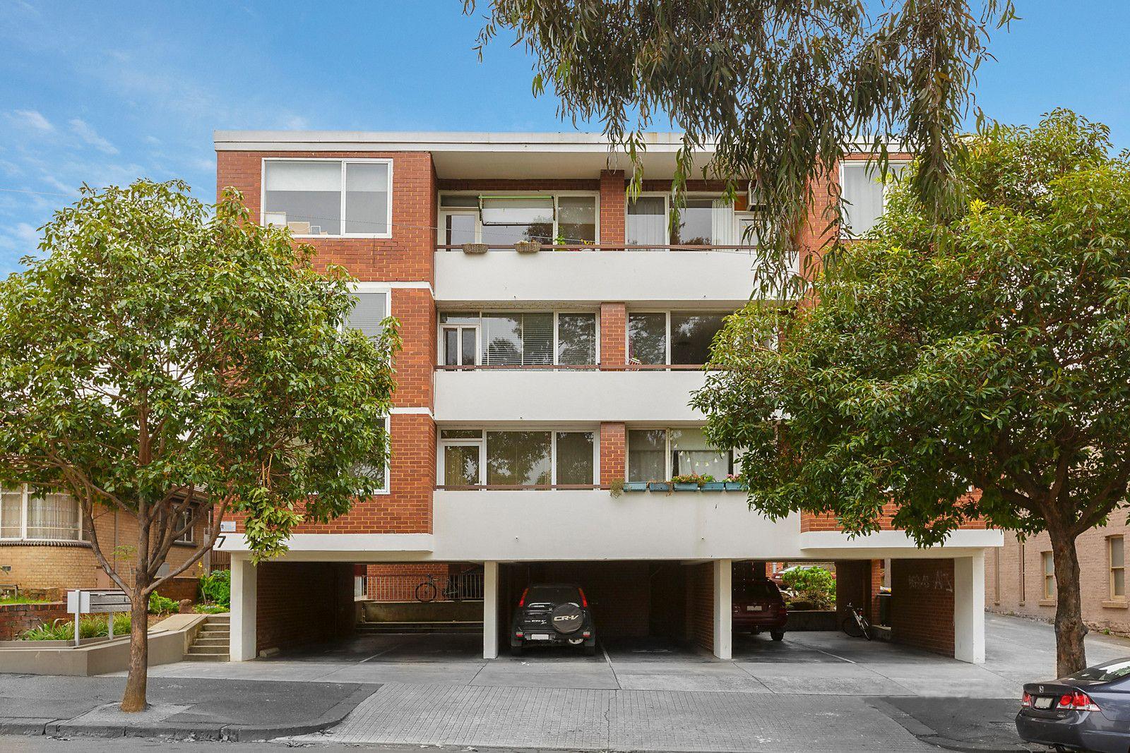 2/7 Curran Street, North Melbourne VIC 3051, Image 0