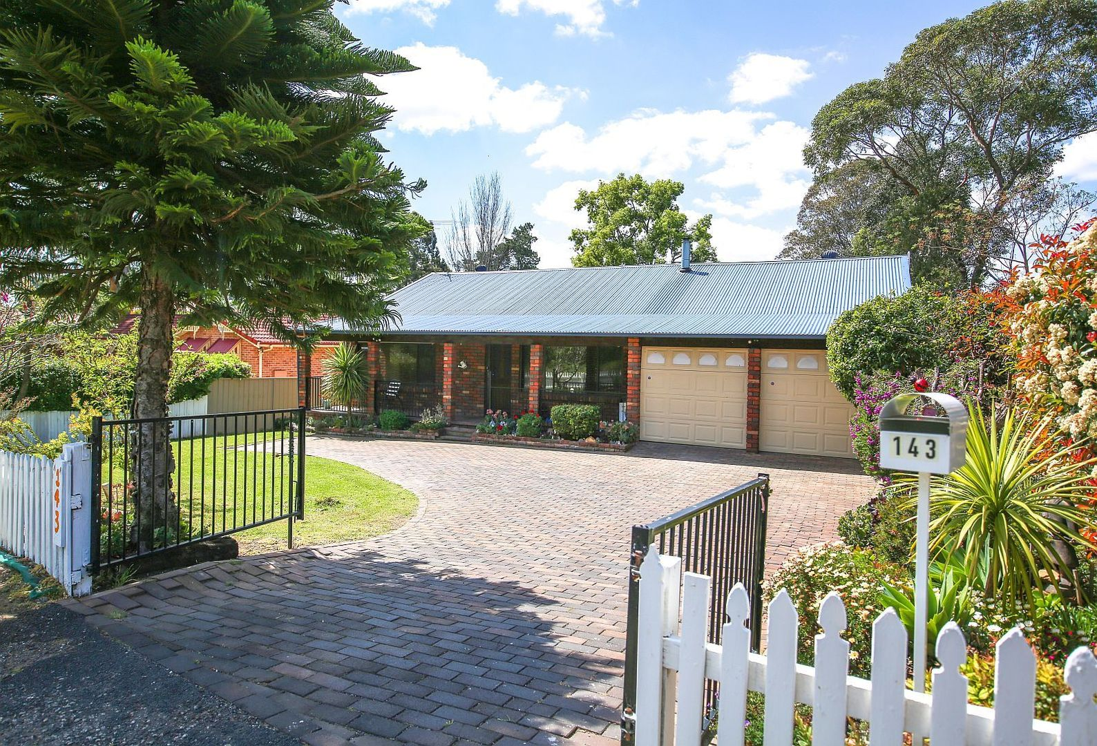 143 Great Southern Rd, Bargo NSW 2574, Image 0