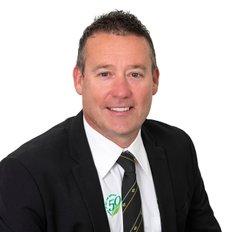 Darren Ahearn, Sales representative