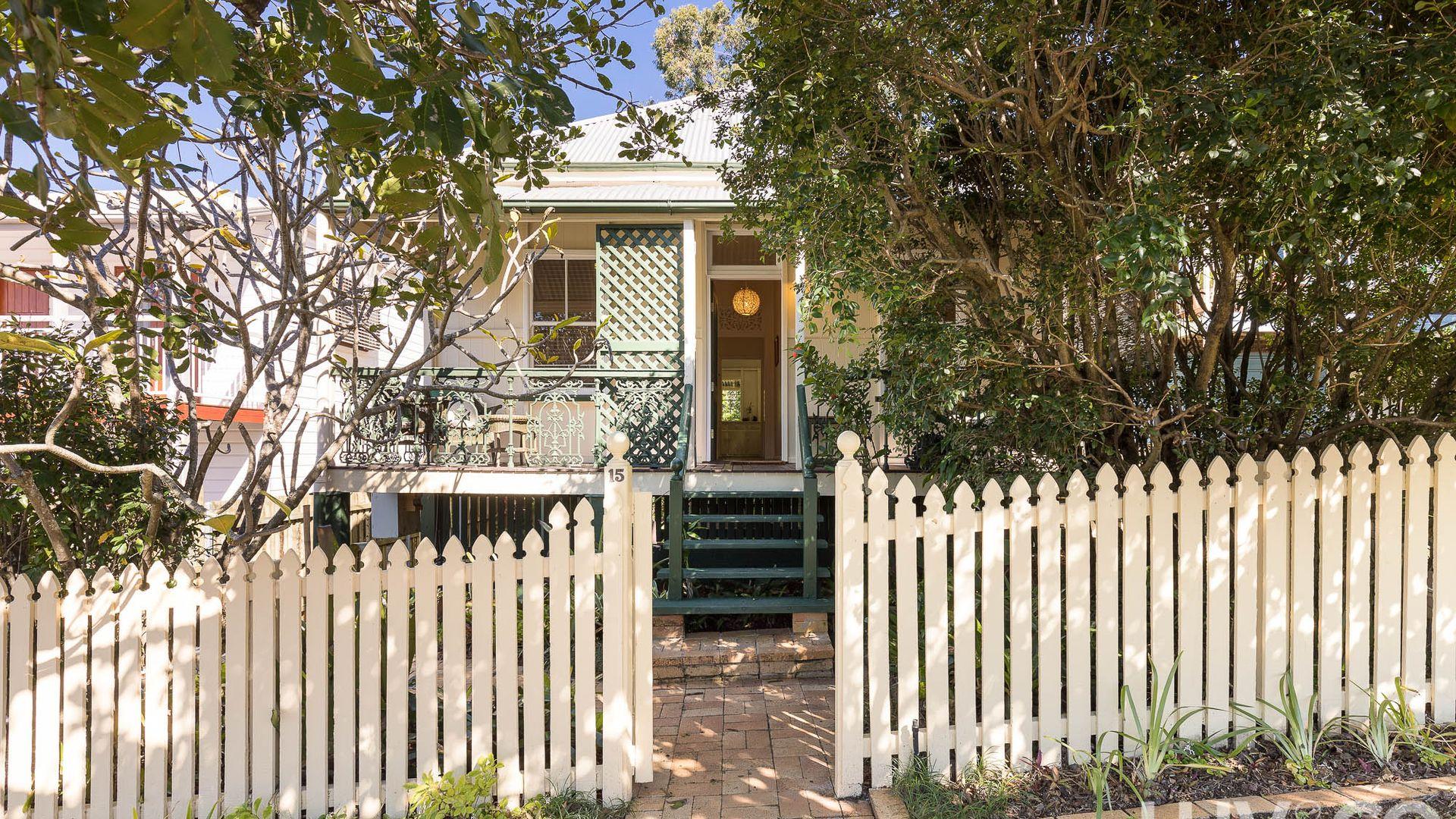 15 Glanmire Street, Paddington QLD 4064, Image 1