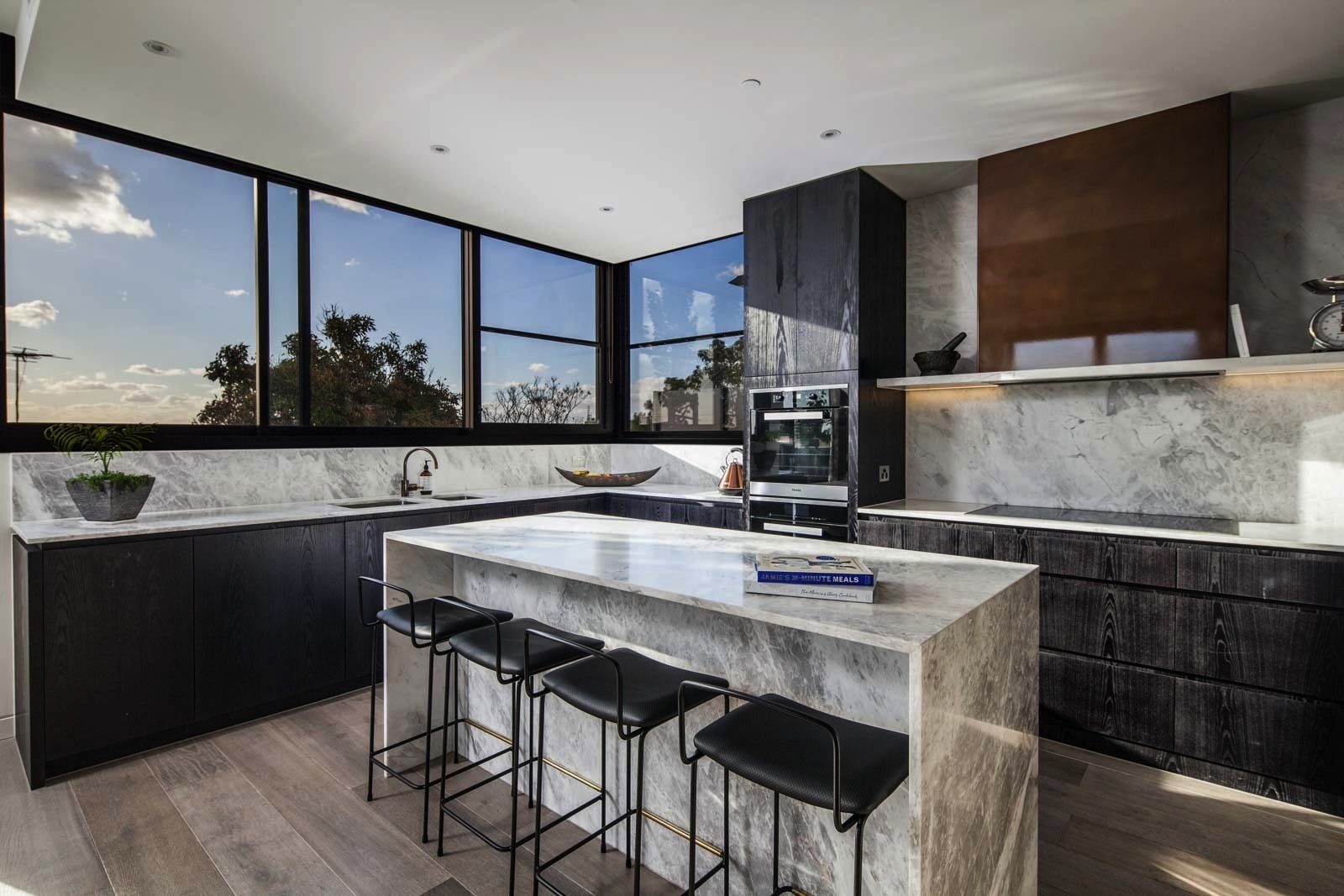 Penthouse 201/43 Willis St, Hampton VIC 3188, Image 0
