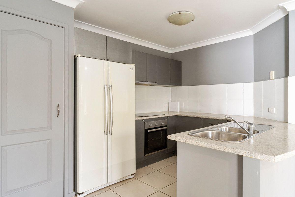39 Carnarvon Crescent, Waterford QLD 4133, Image 2